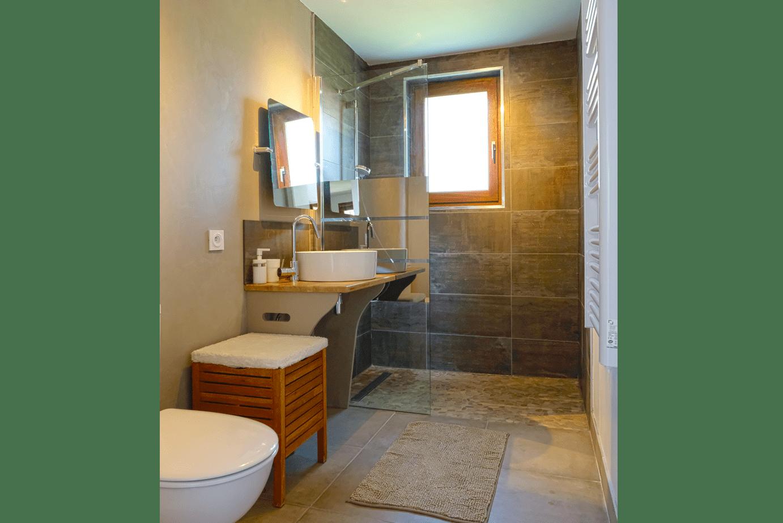 studio vue icare salle bains